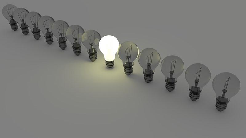 s-light-bulbs-1125016_1280