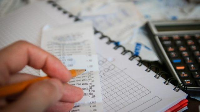 アルバイトしてる個人事業主の年末調整と確定申告